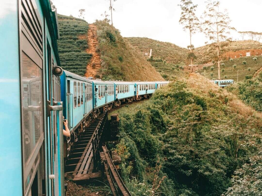 sri-lanka train ella kandy