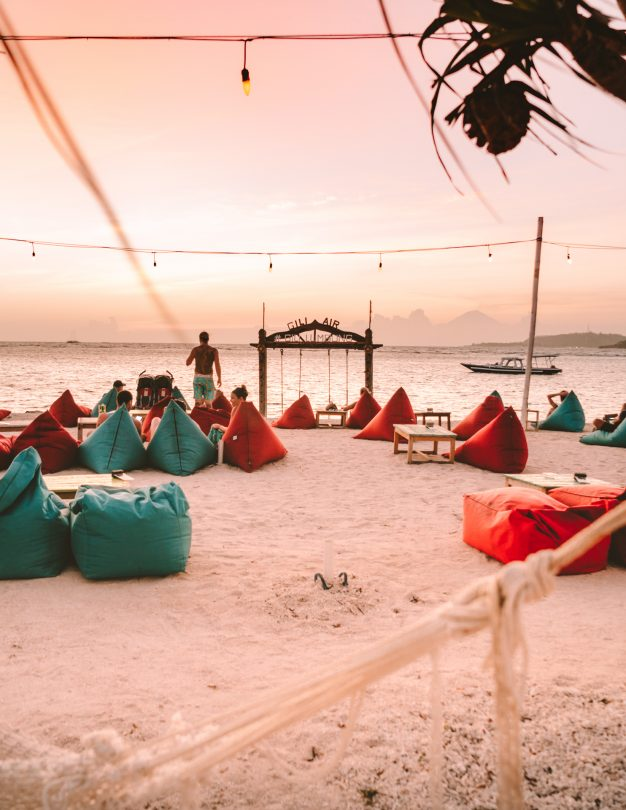 things to do gili air beach sunset