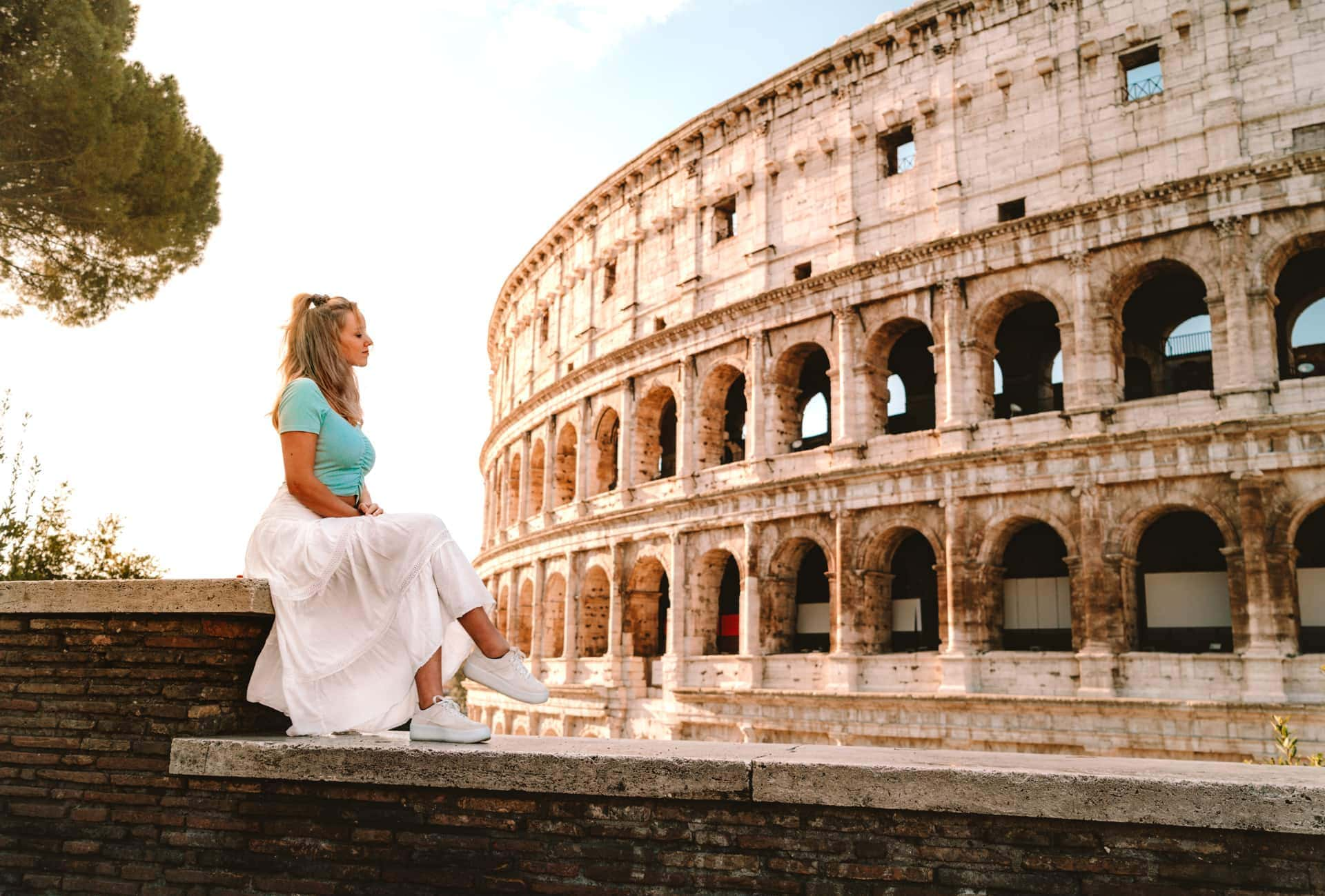 italy travel guide rome colosseum