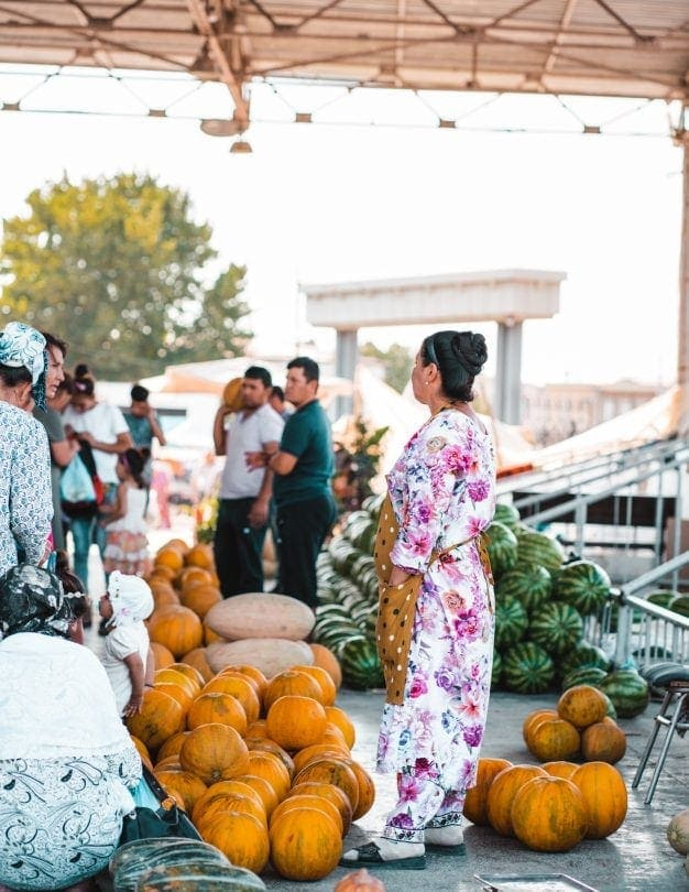 things to do samarkand uzbekistan Siab Bazaar