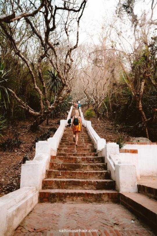 things to do luang prabang Mount Phousi