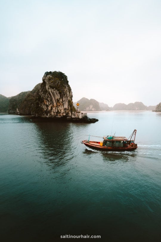 Ha Long Bay tour Vietnam