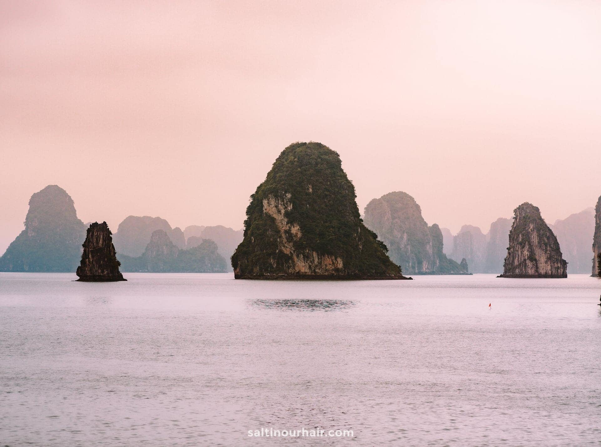 day trip ha long bay hanoi