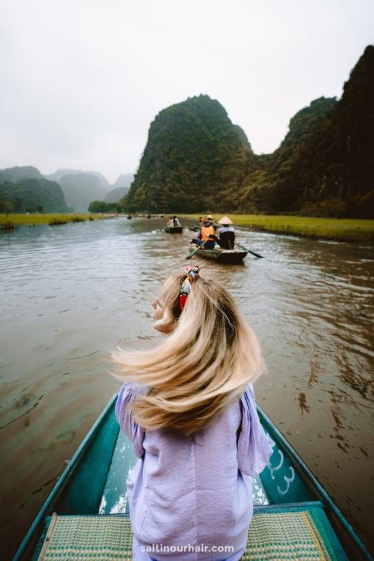 Ninh Binh Tam coc Cave Boat Tour