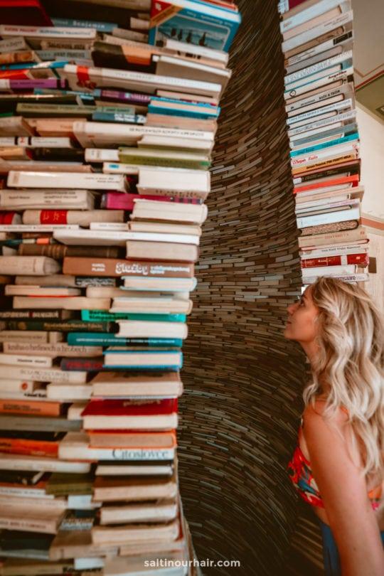 prague municipal library tunnel of books