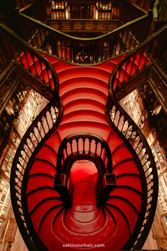 things to do porto portugal Livraria Lello bookstore